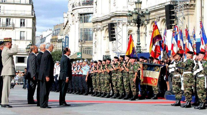 """El president François ret homenatge als republicans espanyols de """"La Nou"""""""
